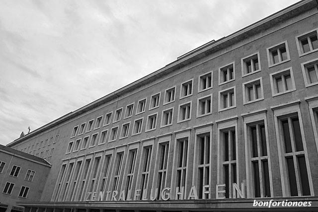 Zentralflughafen Tempelhof - Mutter aller Airports