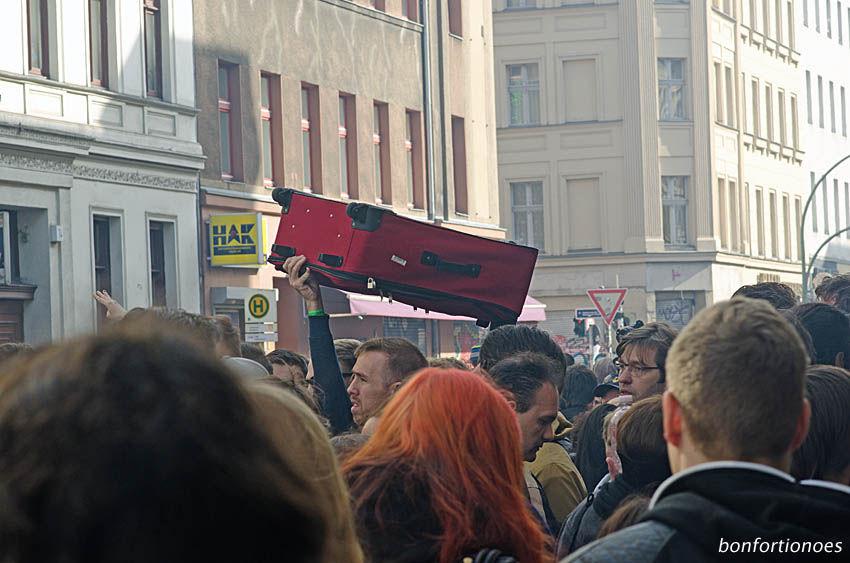 Ein Koffer in Berlin Kreuzberg